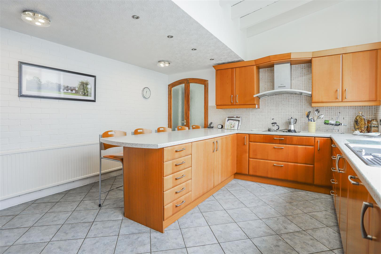 5 Bedroom Farmhouse For Sale - 7.JPG